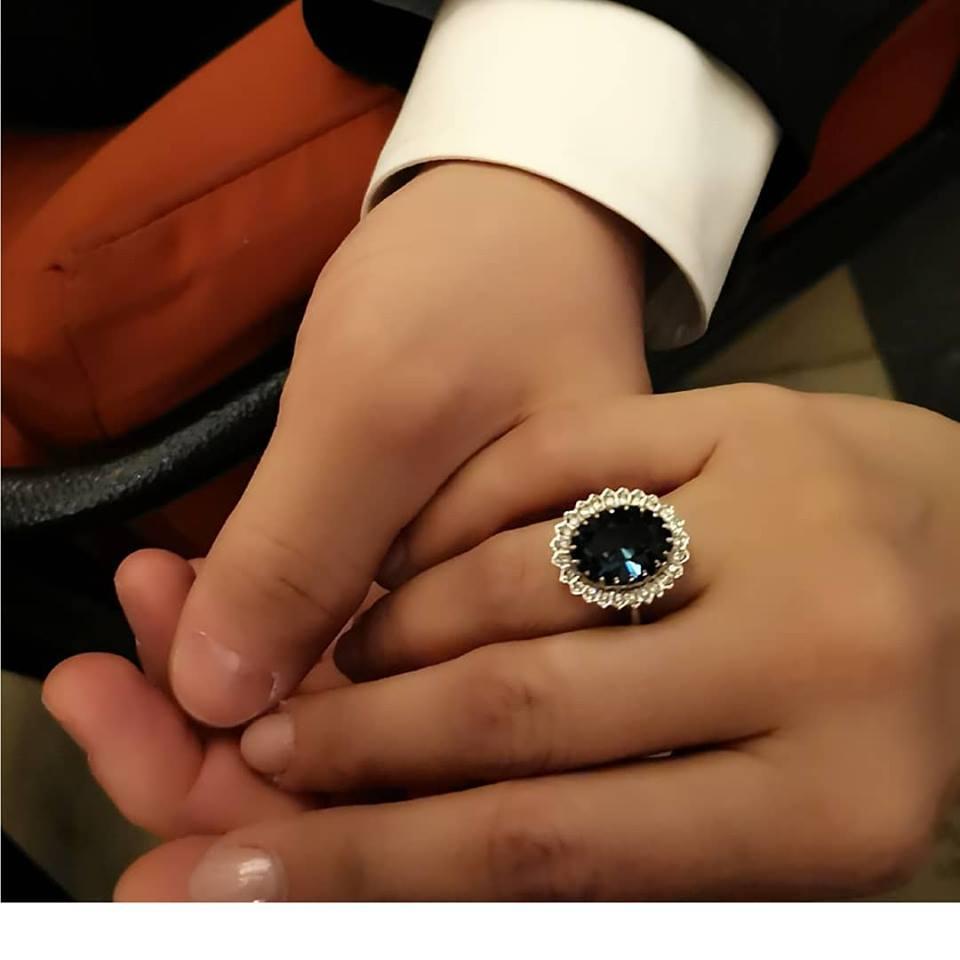 e replica inelului de logodna al printesei Diana si a lui Kate Middleton