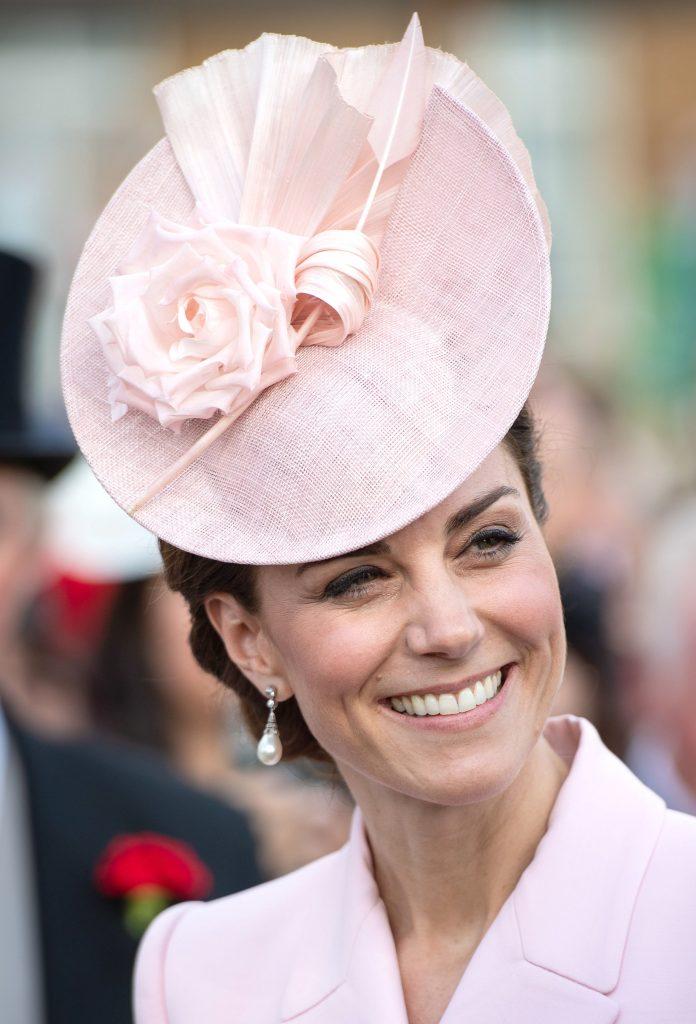 Kate Middleton, o adevărată prințesă. Apariție spectaculoasă la un eveniment organizat de regină. Cum a reușit să-i aducă un nou omagiu prinșesei Diana
