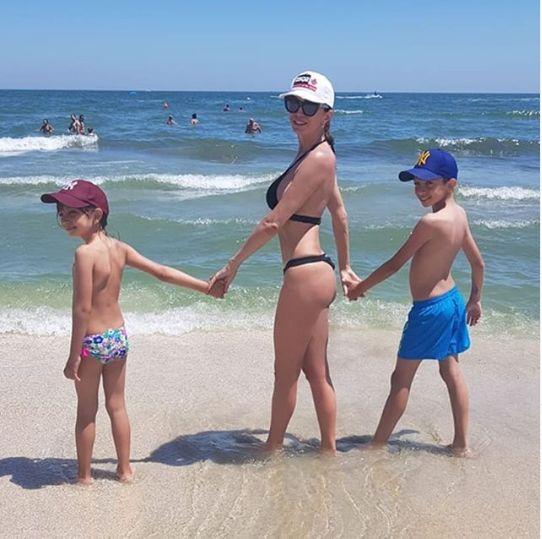 Cristina Spatar si cei doi copii ai sai