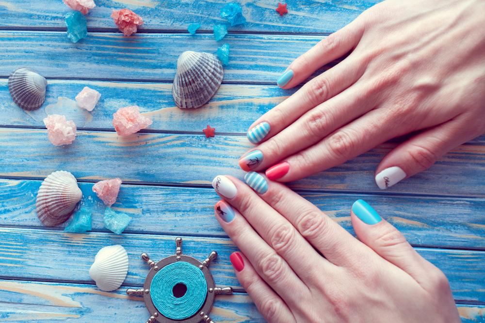 Idei de manichiuri pentru această vară