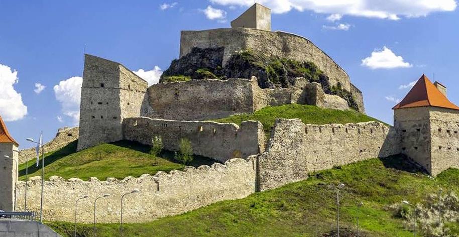Obiective turistice in Brașov - Cetatea Medievală Rupea - cetatea care a renăscut din cenușă