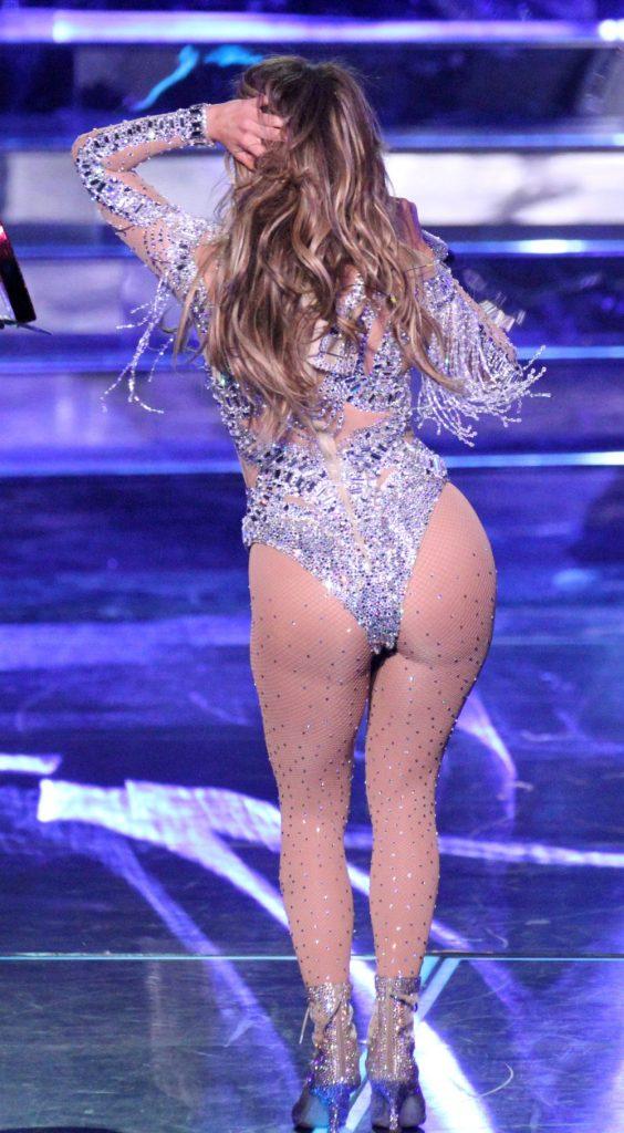 J Lo, acum 2 ani