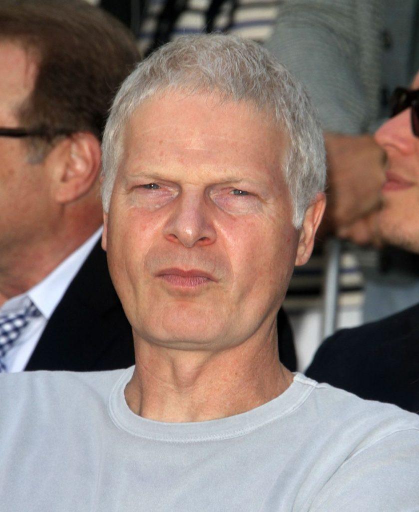 Steve Bing, tatal milionar al lui damian