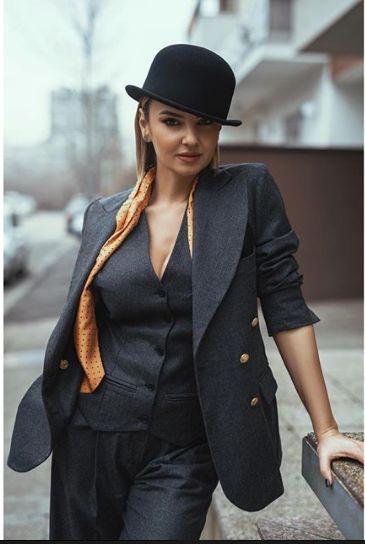 vedeta s-a mutat la Timisoara, pentru a fi alaturi de logodnicul ei