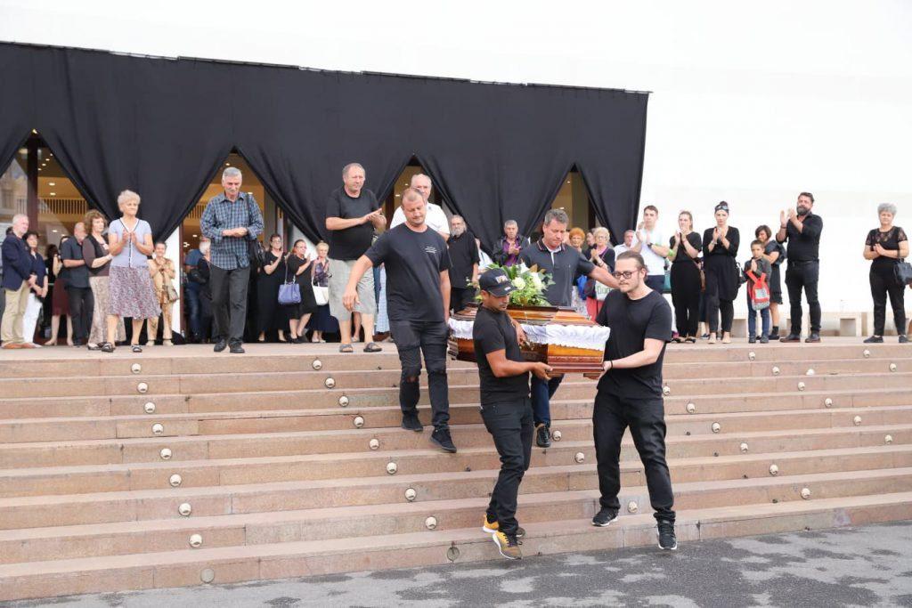 Florina Cercel a fost aplaudata pentru ultima oara