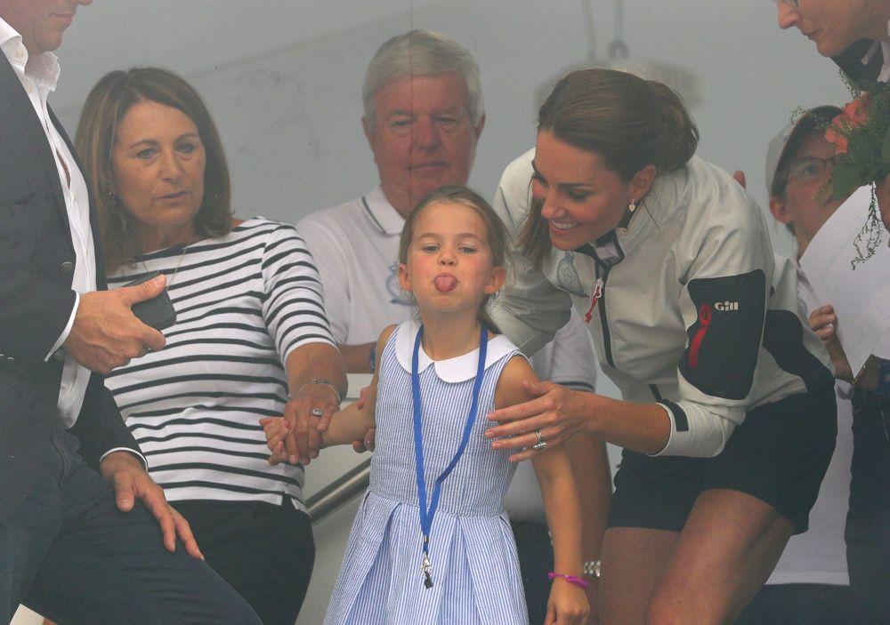 inclusiv Kate a fost luata prin surprindere de gestul lui Charlotte