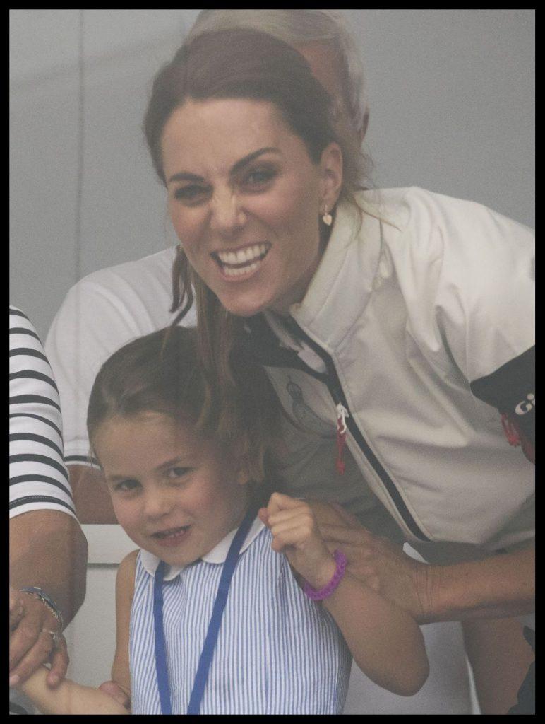 printesa Charlotte si mama sa