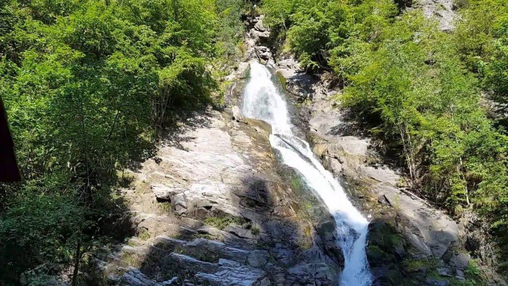 Cascada Lotrișor din România