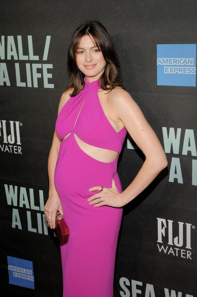 Anne Hathaway, in luna august a acestui an