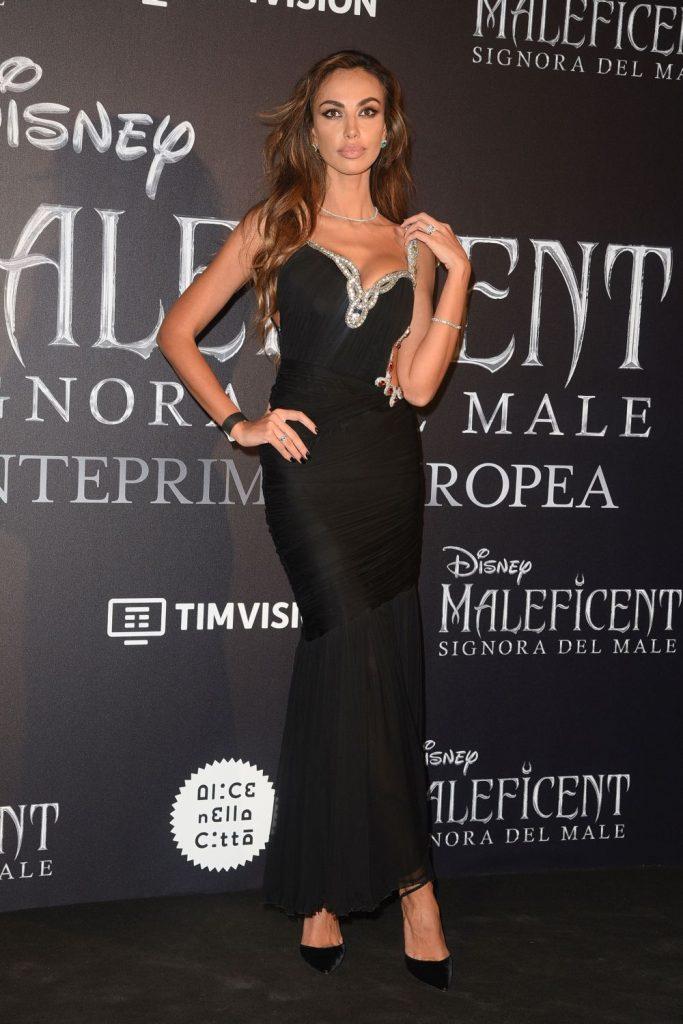 Madalina Ghenea a fost foarte eleganta