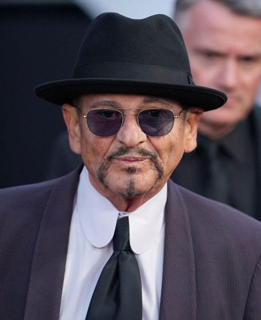 actorul are 76 de ani