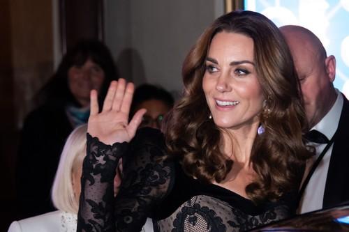 Kate Middleton, o nouă apariție de senzație. E răvășitoare și a strălucit din cap până în picioare