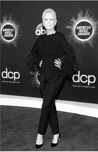 Actrita Jamie Lee Curtis e nascuta in 22 noiembrie 1958