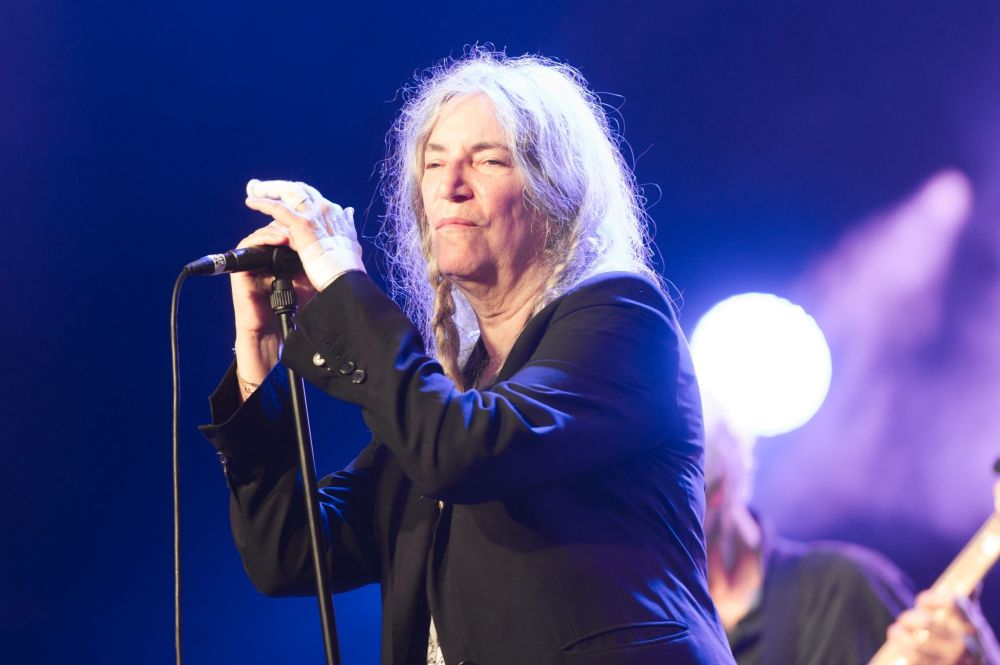 cantareata Patti Smith e nascuta la 30 decembrie
