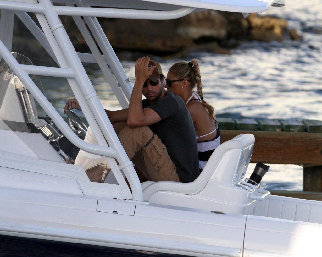 Enrique Iglesias si Anna Kournokova vor deveni parinti din nou