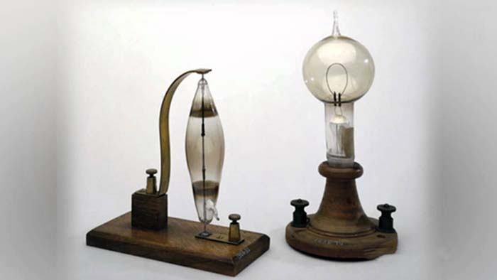Cine a inventat becul - Primul bec al lui Thomas Edison