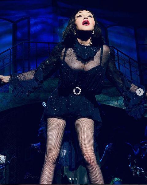 Madonna, 1,65 de metri