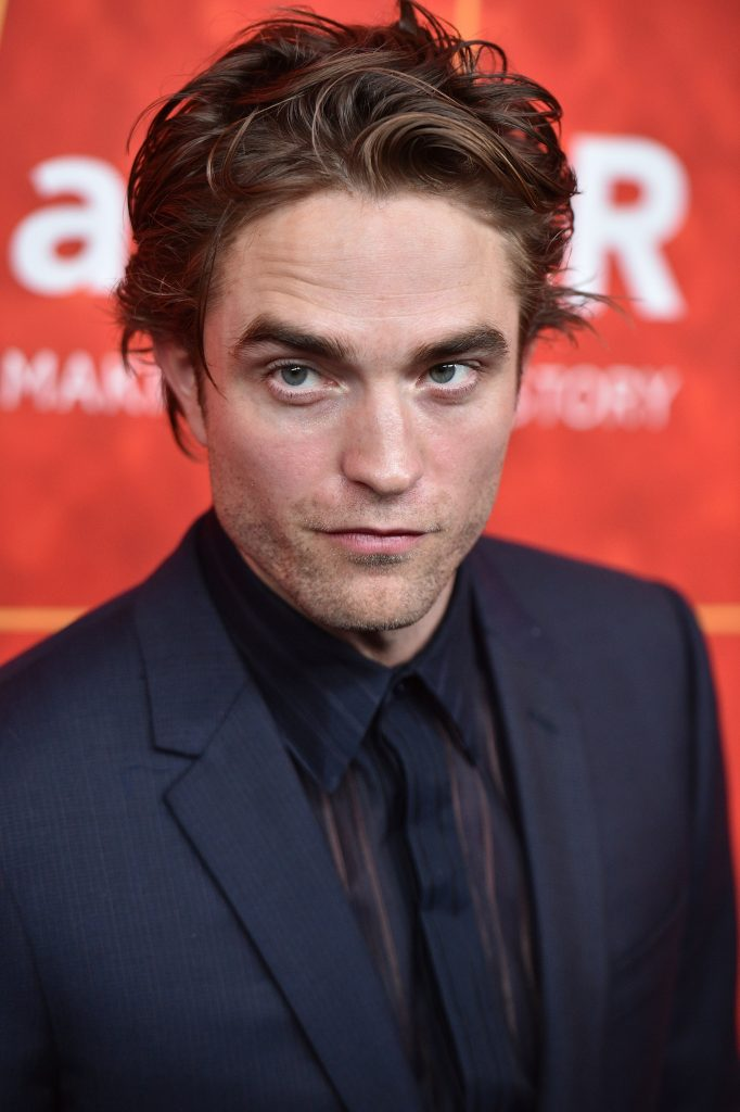 Robert Pattinson a fost numit cel mai frumos barbat din lume